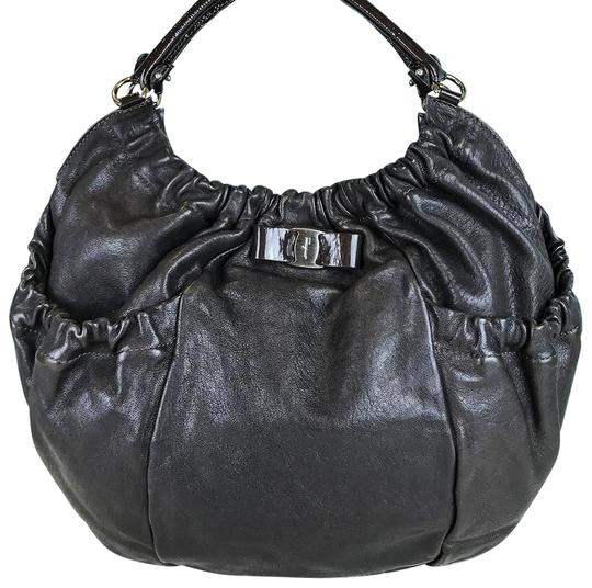 Preload https://img-static.tradesy.com/item/24189680/salvatore-ferragamo-pleated-desiderata-sale-brown-leather-hobo-bag-0-1-540-540.jpg