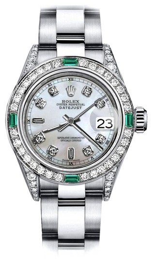 Preload https://img-static.tradesy.com/item/24189682/rolex-stainless-steel-white-pearl-82-31mm-datejust-diamond-lugs-and-emerald-watch-0-1-540-540.jpg