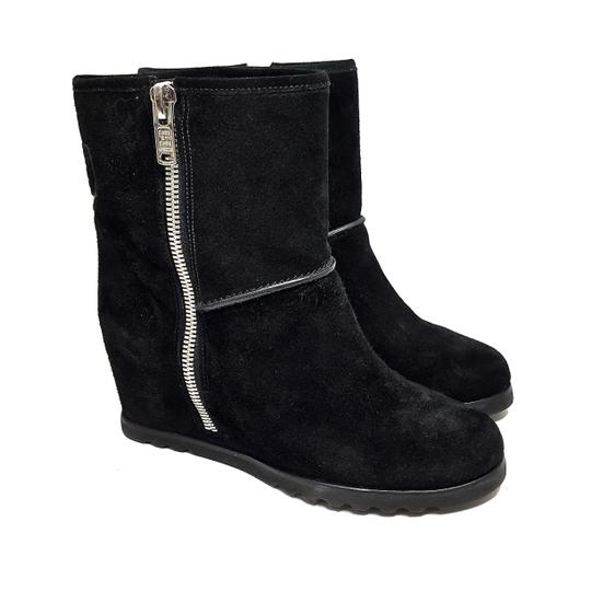 Preload https://img-static.tradesy.com/item/24189751/marc-by-marc-jacobs-black-suede-wedge-heeled-ankle-w-silver-zippers-bootsbooties-size-eu-38-approx-u-0-0-540-540.jpg