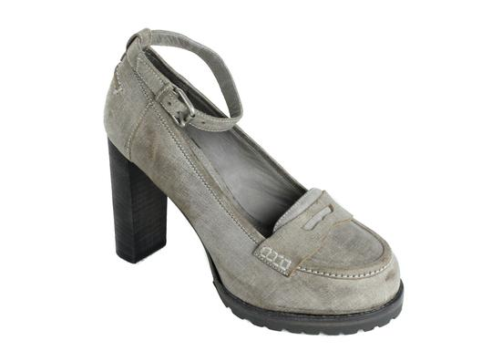 Preload https://img-static.tradesy.com/item/24189752/brunello-cucinelli-gray-women-grained-leather-ankle-strap-tfh310-pumps-size-us-11-regular-m-b-0-0-540-540.jpg