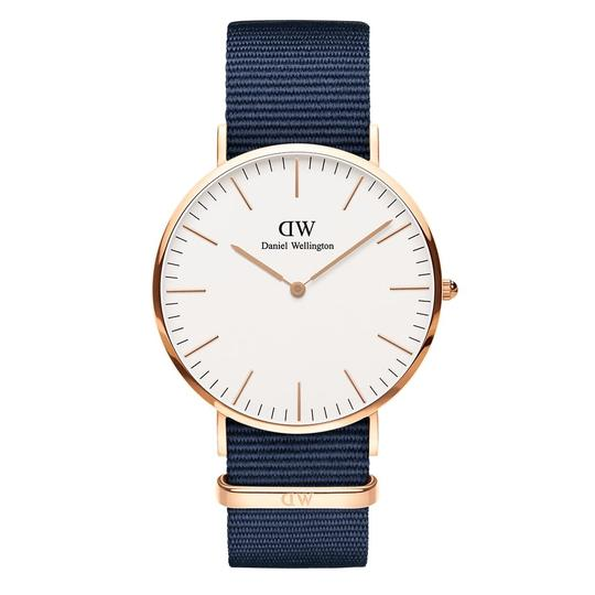 Preload https://img-static.tradesy.com/item/24189822/daniel-wellington-blue-and-white-dial-blue-white-classic-bayswater-unisex-dw00100275-watch-0-0-540-540.jpg