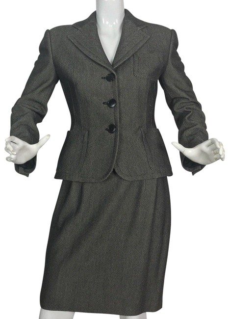 Preload https://img-static.tradesy.com/item/24189825/ralph-lauren-collection-gray-jacket-wool-career-8-skirt-suit-size-6-s-0-1-650-650.jpg