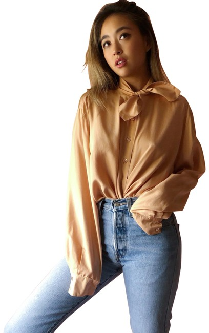 Preload https://img-static.tradesy.com/item/24189842/peach-silk-neck-blouse-size-8-m-0-1-650-650.jpg