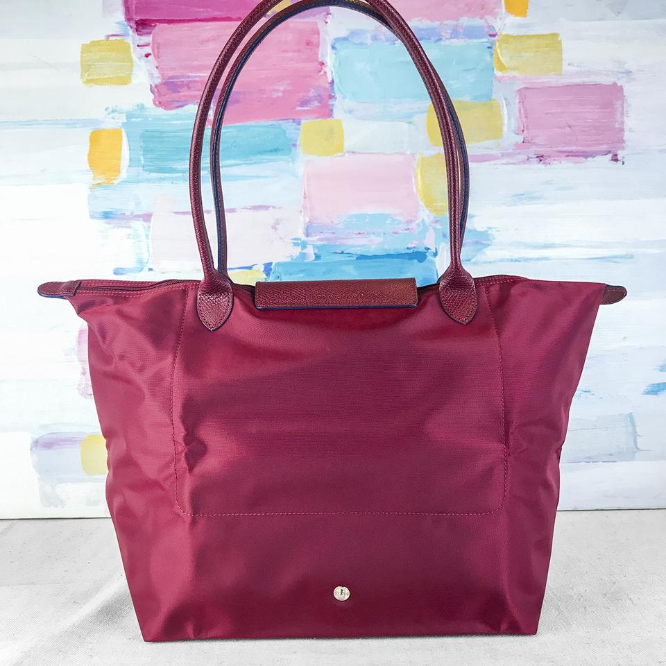 e386b73d93fb Longchamp Le Pliage Club Large Red Nylon Tote - Tradesy