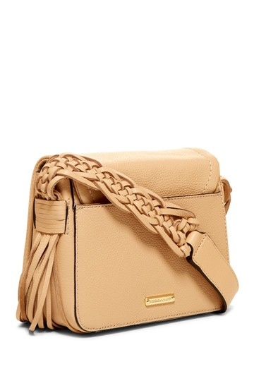 Preload https://img-static.tradesy.com/item/24190021/rebecca-minkoff-wendy-biscuit-cream-leather-cross-body-bag-0-0-540-540.jpg