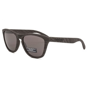 77872963fcb45 Oakley Square Style Unisex OO9013-89 Prizm Daily Polarized Lens. Oakley  Frogskins Woodgrain ...
