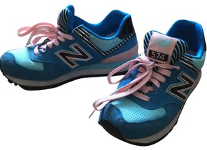 626e739271c Pink New Balance Sneakers - Up to 90% off at Tradesy