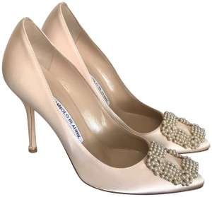 Manolo Blahnik Pearl Embellished Leather Blush Satin Pink Pumps