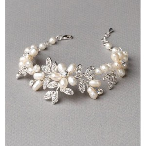 Silver and White Dahlia Freshwater Pearl Bracelet