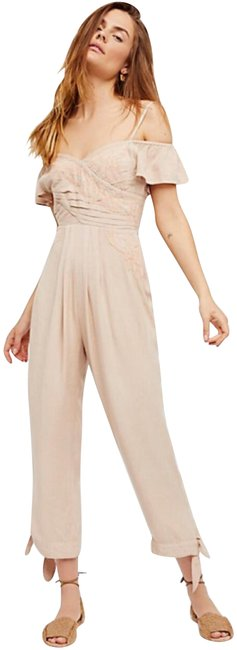 Preload https://img-static.tradesy.com/item/24191841/free-people-ivory-blush-in-the-moment-romperjumpsuit-0-2-650-650.jpg