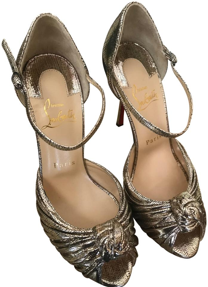 a5f33465268e Christian Louboutin Gold Platine Marchavekel Knotted Metallic Sandals