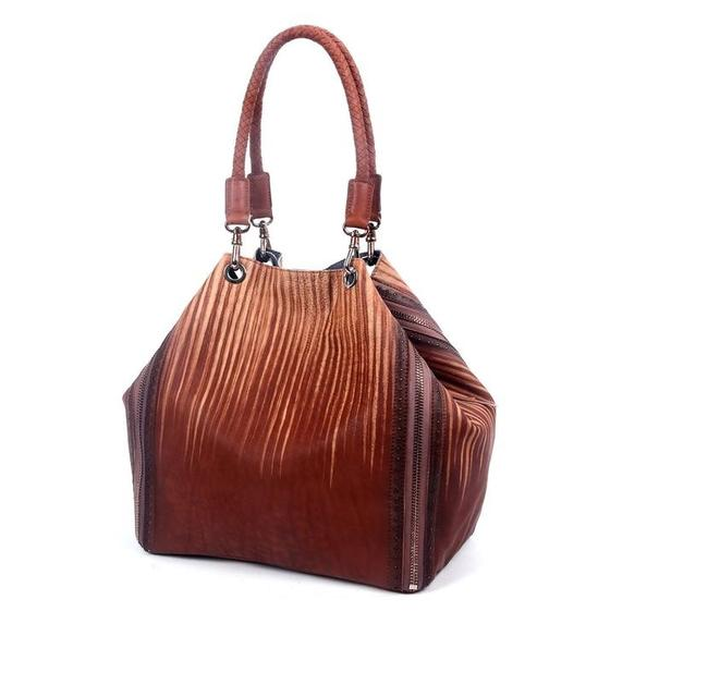 Item - Bag Old Trend Hand Dyed Coffee/Salt Leather Tote
