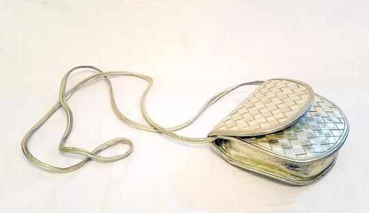 Bottega Veneta Woven Leather Intreciatto Cross Body Bag Image 2