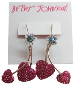 Betsey Johnson Betsey Johnson New Hearts and Flower Earrings
