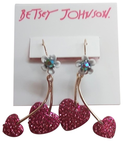 Preload https://img-static.tradesy.com/item/24192189/betsey-johnson-hot-pink-new-hearts-and-flower-earrings-0-1-540-540.jpg