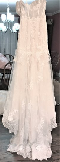Adrianna Papell Ivory Over Light Gold Lace/Tulle/Grosgrain 31052 Feminine Wedding Dress Size 14 (L) Image 3