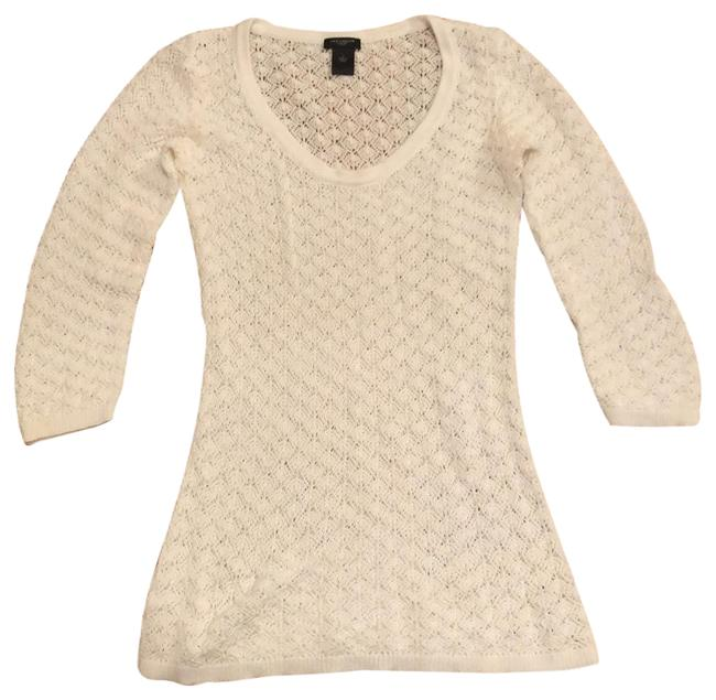 Preload https://img-static.tradesy.com/item/24192493/ann-taylor-white-open-weave-pullover-sweater-tunic-size-4-s-0-1-650-650.jpg