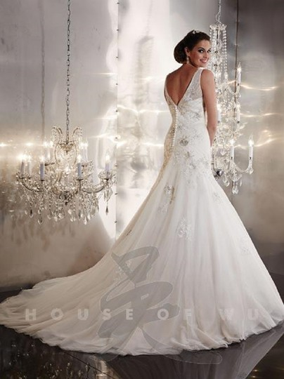 Preload https://img-static.tradesy.com/item/24192620/christina-wu-ivory-silver-lace-and-tulle-19948-traditional-wedding-dress-size-14-l-0-0-540-540.jpg