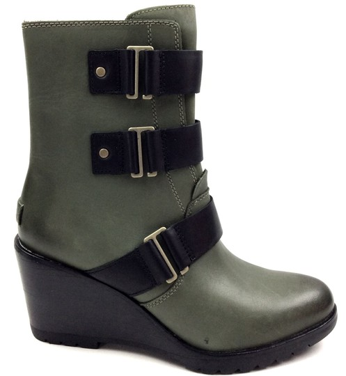 Preload https://img-static.tradesy.com/item/24192788/sorel-blackhunter-nori-green-after-hourstm-women-s-leather-bootsbooties-size-us-85-regular-m-b-0-1-540-540.jpg
