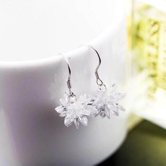 Ocean Fashion Snow white crystal earrings Image 2