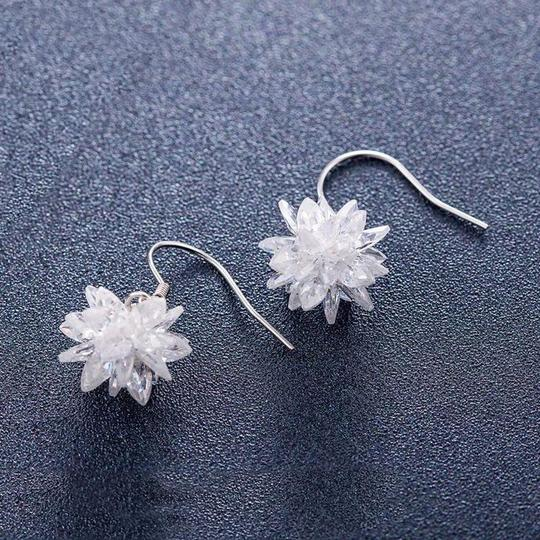 Ocean Fashion Snow white crystal earrings Image 4