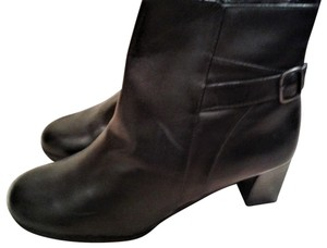 Spring Step Leather Upper Fabric Lining Manmade Outsole Backle Made In China black Boots