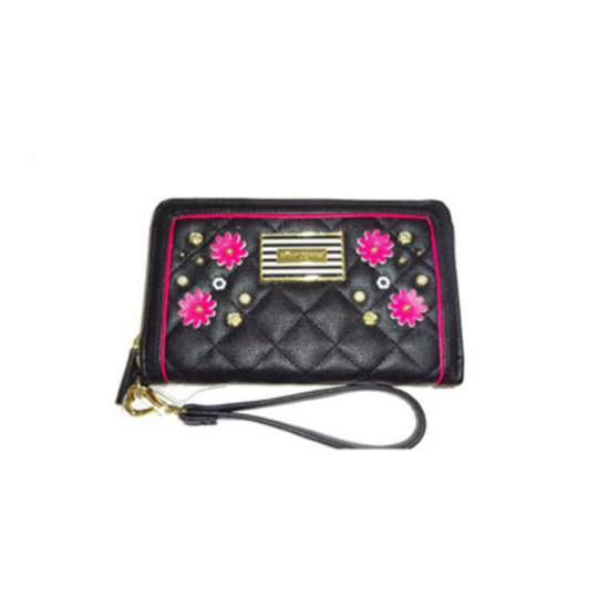 Betsey Johnson Quilted Logo Medium Bow Wallet Tote in PINK Image 5