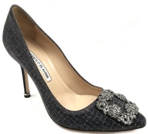 Manolo Blahnik Jewel Embellishment Padded Insole Made In Italy Point Toe Black metallic threads Pumps