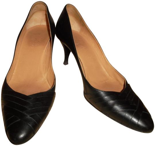 Preload https://img-static.tradesy.com/item/24193620/hermes-black-leather-pumps-size-eu-36-approx-us-6-regular-m-b-0-3-540-540.jpg