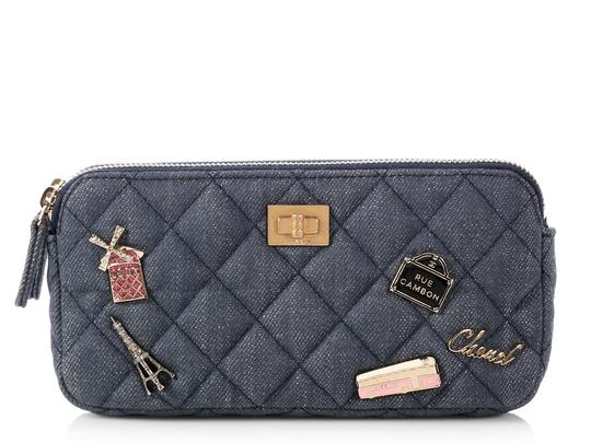 Preload https://img-static.tradesy.com/item/24194669/chanel-charms-wallet-on-a-chain-quilted-blue-denim-cross-body-bag-0-0-540-540.jpg