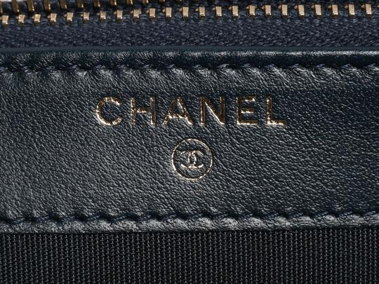 Chanel Ch.p0906.03 Gold Hardware Cc Embellished Reduced Price Cross Body Bag