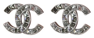 Chanel CHANEL CC LOGO CRYSTALS STUD EARRINGS