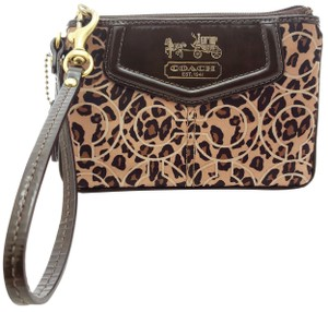 Coach 1941 Bags - 70% - 90% off at Tradesy (Page 3)