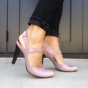CoSTUME NATIONAL pink Pumps