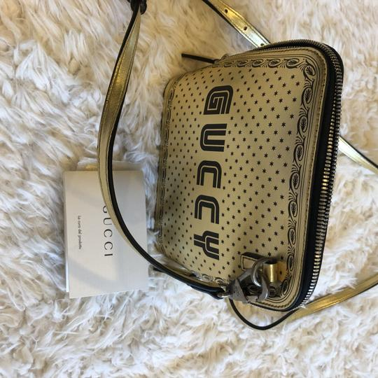 Gucci Leather Messenger Cross Body Bag
