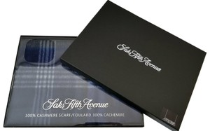 923be041c75 Saks Fifth Avenue NEW Saks Soft 100% Cashmere Wool Fringe Plaid check Scarf  Gift box