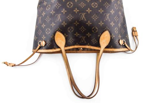 Louis Vuitton Leather Tote in Brown Image 5