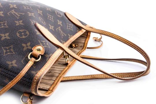 Louis Vuitton Leather Tote in Brown Image 6