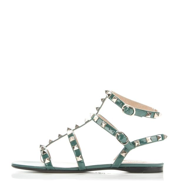 Item - Green Classic Rockstud Ankle Wrap Strappy Patent Leather Flat Sandals Size EU 37 (Approx. US 7) Regular (M, B)