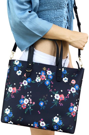 Preload https://img-static.tradesy.com/item/24197496/tory-burch-kerrington-small-top-zip-tote-pansy-bouquet-floral-navy-pvc-cross-body-bag-0-1-540-540.jpg
