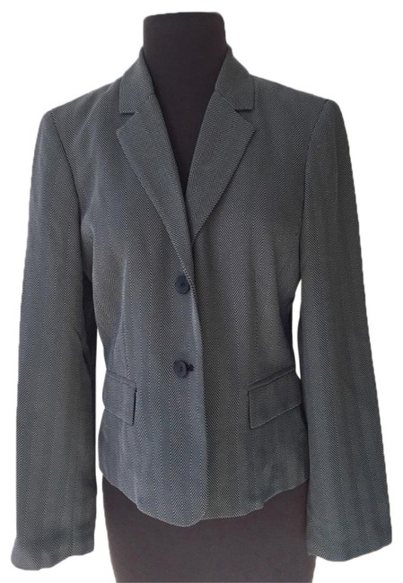 Preload https://img-static.tradesy.com/item/24197768/jones-new-york-grey-mrsp-blazer-size-petite-12-l-0-1-650-650.jpg