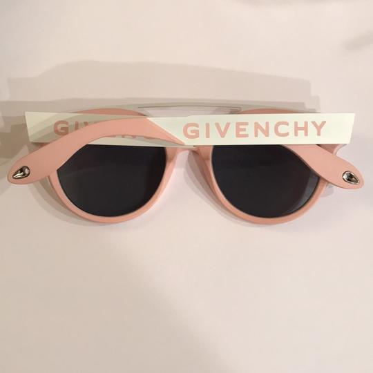 Givenchy 50Mm round sunglasses Image 1