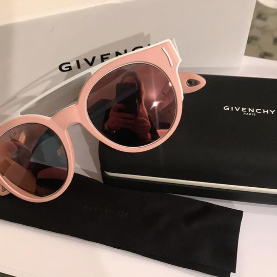 Givenchy 50Mm round sunglasses Image 4