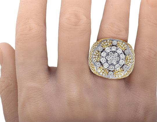 Jewelry Unlimited Mens 10K Two Tone Gold Crown Real Diamond Flower Cluster XL Pinky Ring Image 5