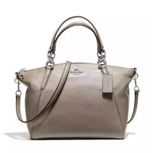 2b6ab049c4566 Coach Leather Satchels - Up to 70% off at Tradesy