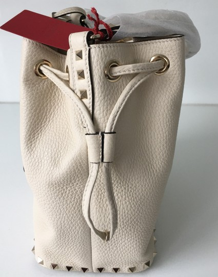 Valentino Rockstud Embellished Classic Bucket Totes Cross Body Bag Image 4