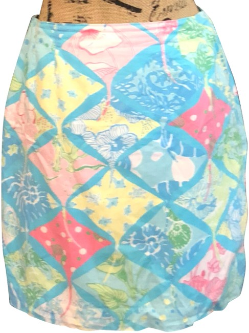 Preload https://img-static.tradesy.com/item/24198615/lilly-pulitzer-blue-pink-yellow-and-white-skirt-size-10-m-31-0-1-650-650.jpg
