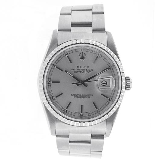Preload https://img-static.tradesy.com/item/24198782/rolex-stainless-steel-with-fluted-bezel-date-just-36mm-16200-watch-0-0-540-540.jpg