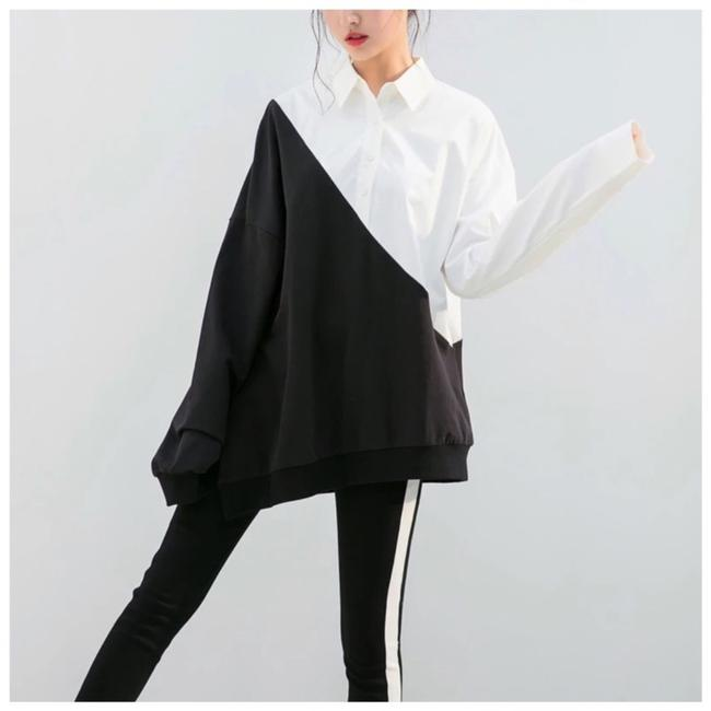 Preload https://img-static.tradesy.com/item/24198844/black-and-white-diagonal-color-c79-blouse-size-6-s-0-0-650-650.jpg