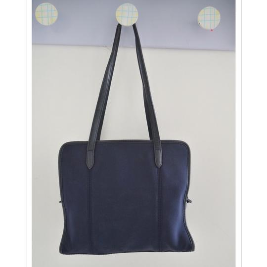 Coach Tote in navy blue Image 6